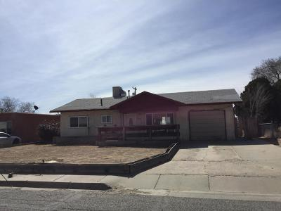 Farmington Single Family Home For Sale: 2609 E 24th Street