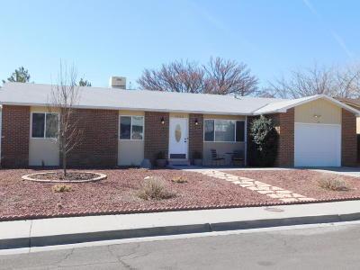 Farmington Single Family Home For Sale: 4203 Terrace Drive