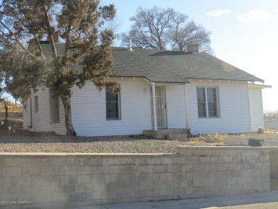 Single Family Home For Sale: 612 Lovers Lane
