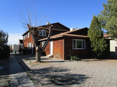 San Juan County Multi Family Home For Sale: 1703 Cliffside Drive