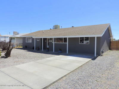 Aztec, Flora Vista Single Family Home For Sale: 1008 Rio Hondo Road