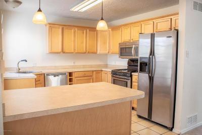 Farmington Single Family Home For Sale: 910 N Butler Avenue