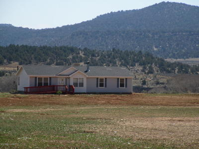 Navajo Dam Manufactured Home For Sale: 44 Road 4046