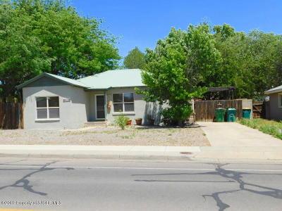 Farmington Single Family Home For Sale: 916 N Dustin Avenue