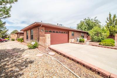 Farmington Single Family Home For Sale: 700 W 31st Street