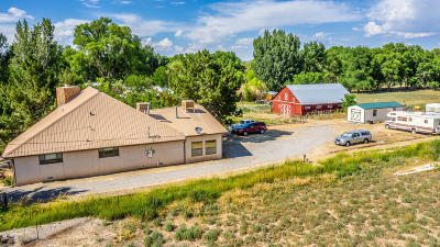 San Juan County Single Family Home For Sale: 302 S Harbour Lane