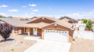 San Juan County Single Family Home For Sale: 708 Bishop Lane