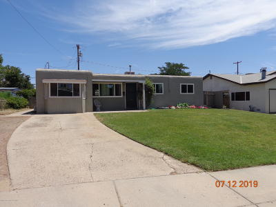 Single Family Home For Sale: 3800 Highland View Drive