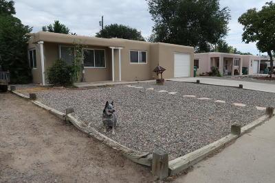 Single Family Home For Sale: 2308 E 12th Street