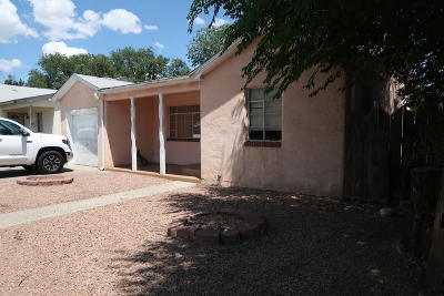 Single Family Home For Sale: 904 N Butler Avenue