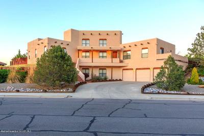 Farmington Single Family Home For Sale: 440 Sunrise Parkway