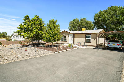 Manufactured Home For Sale: 1404 Anna Lane