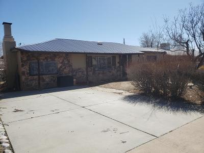 Single Family Home For Sale: 1604 N Laguna Avenue
