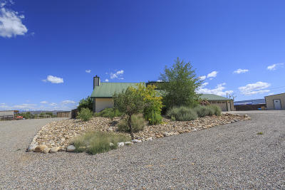 Aztec NM Single Family Home For Sale: $389,000