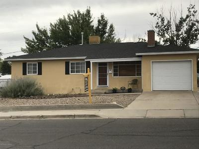 Single Family Home For Sale: 1527 Zuni Drive