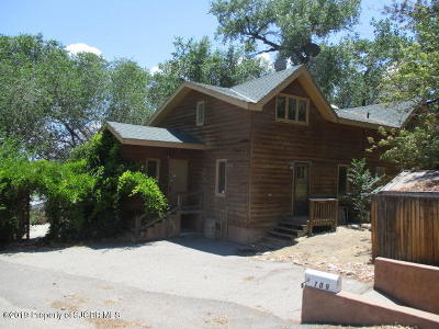 Farmington Single Family Home For Sale: 709 Orchard Homes Drive