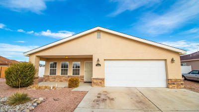 Farmington Single Family Home For Sale: 4616 Summer Wind Lane