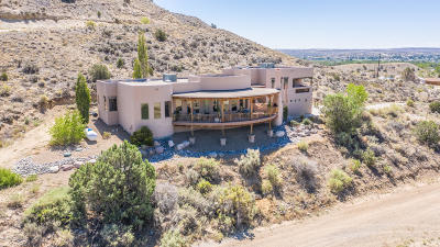 San Juan County Single Family Home For Sale: 37 Road 5085