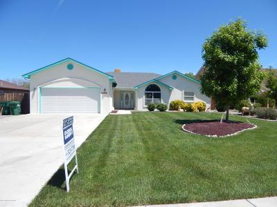Single Family Home For Sale: 3340 Burson Lane