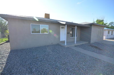 Farmington NM Single Family Home For Sale: $139,000