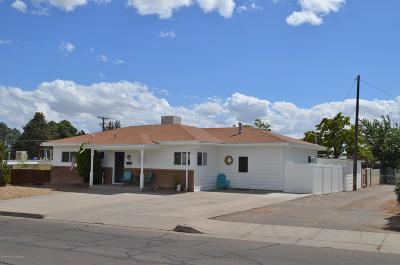 Single Family Home For Sale: 909 E 23rd Street