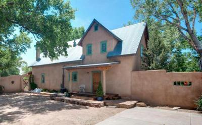 Single Family Home Sold: 411 Candi
