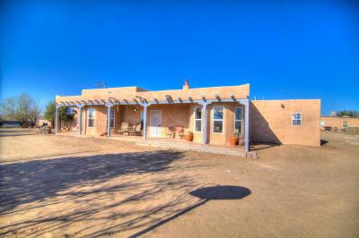 Single Family Home For Sale: 7 Vista Larga