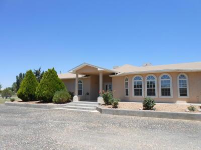 Valencia County Single Family Home For Sale: 18 Camino Manzana