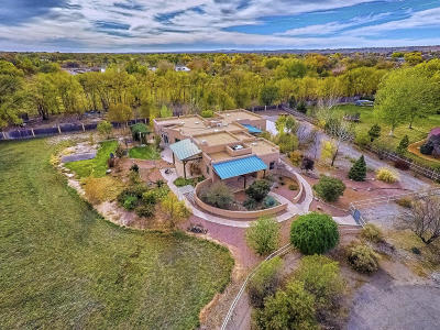 Corrales Single Family Home For Sale: 330 Faculty Lane