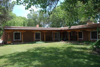 Valencia County Single Family Home For Sale: 175 La Ladera Road