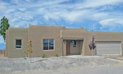 Bernalillo Single Family Home For Sale: 506 Avenida Los Suenos