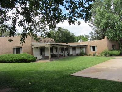 Los Ranchos Single Family Home For Sale: 6535 Guadalupe Trail NW