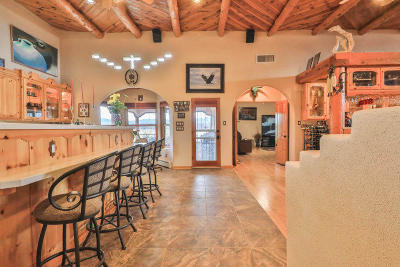 Valencia County Single Family Home For Sale: 31 Vallejos Road