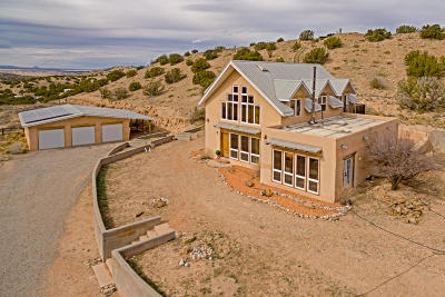 Placitas Single Family Home For Sale: 73 Windmill Trail #South