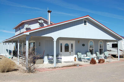 Belen, Los Lunas Single Family Home For Sale: 340 Locked Gate Road
