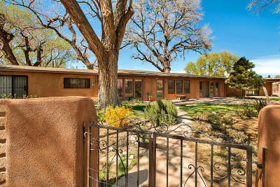 Corrales Single Family Home For Sale: 95 Rancho Alondra