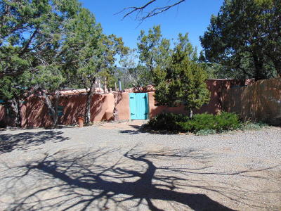Tijeras, Cedar Crest, Sandia Park, Edgewood, Moriarty, Stanley Single Family Home For Sale: 36 El Gallo Road