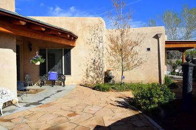 Valencia County Single Family Home For Sale: 270 Sutton Lane