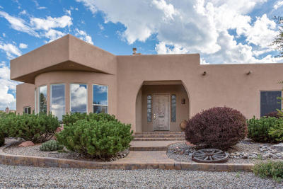 Tijeras, Cedar Crest, Sandia Park, Edgewood, Moriarty, Stanley Single Family Home For Sale: 83 Kiva Place