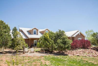 Tijeras, Cedar Crest, Sandia Park, Edgewood, Moriarty, Stanley Single Family Home For Sale: 14 Seclusion Court