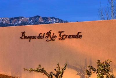 Bernalillo Single Family Home For Sale: 916 Paseo Los Coyotes