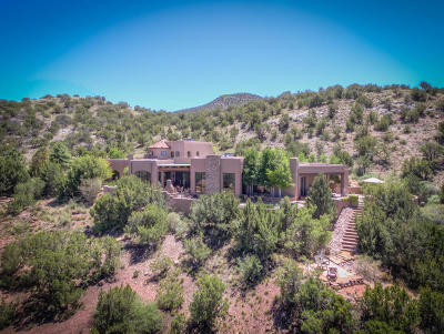 Placitas Single Family Home For Sale: 105 Crestview Court