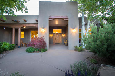 Tijeras, Cedar Crest, Sandia Park, Edgewood, Moriarty, Stanley Single Family Home For Sale: 12 Western Saddle Court