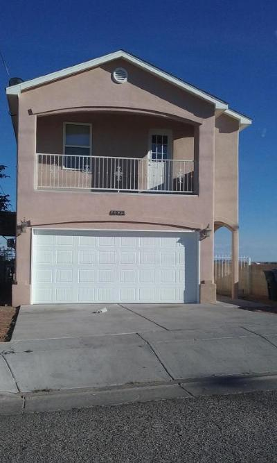 Albuquerque NM Single Family Home For Sale: $153,900