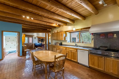 Tijeras, Cedar Crest, Sandia Park, Edgewood, Moriarty, Stanley Single Family Home For Sale: 40 Rainbow Road