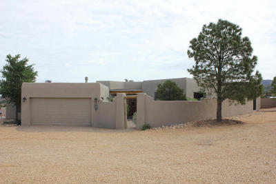 Placitas Single Family Home For Sale: 10 Camino Del Rincon Colorado