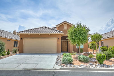 Bernalillo Single Family Home For Sale: 859 Golden Yarrow Trail