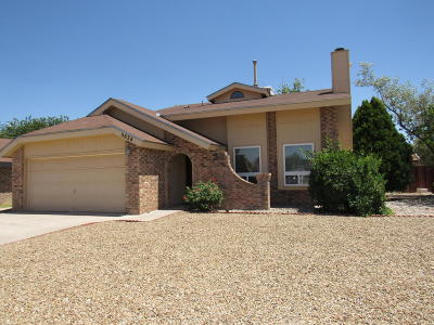 Albuquerque Single Family Home Active Under Contract - Short : 5624 Kachina Street NW