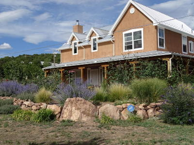 Tijeras, Cedar Crest, Sandia Park, Edgewood, Moriarty, Stanley Single Family Home For Sale: 44 Magic Valley Road