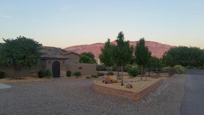 Corrales Single Family Home For Sale: 170 Loma Del Oro